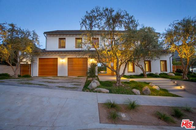 3062 Queensbury Drive, Los Angeles (City), CA 90064 (#21792690) :: Blake Cory Home Selling Team