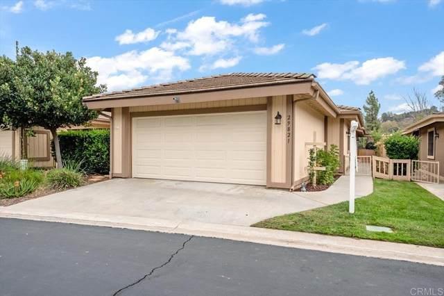 29821 Circle R Creek Lane, Escondido, CA 92026 (#NDP2111499) :: Necol Realty Group