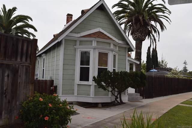 305 Pomona Avenue, Coronado, CA 92118 (#210028336) :: Latrice Deluna Homes