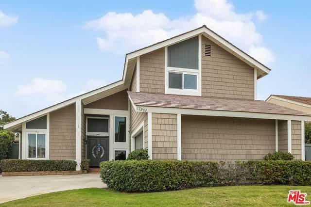 17902 Wellbank Lane, Huntington Beach, CA 92649 (#21793206) :: The M&M Team Realty