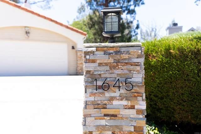 1645 Candlelight Avenue, Escondido, CA 92029 (#NDP2111520) :: Blake Cory Home Selling Team