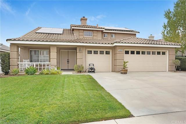 27552 Hopi Springs Court, Corona, CA 92883 (#PW21223911) :: Blake Cory Home Selling Team