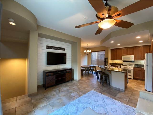 821 Almond Road, San Marcos, CA 92078 (#PW21223421) :: Zutila, Inc.