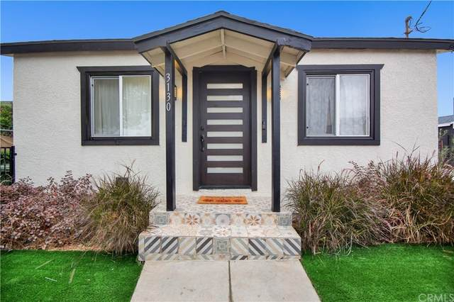 3130 W 67th Street, Los Angeles (City), CA 90043 (#PW21221409) :: Necol Realty Group