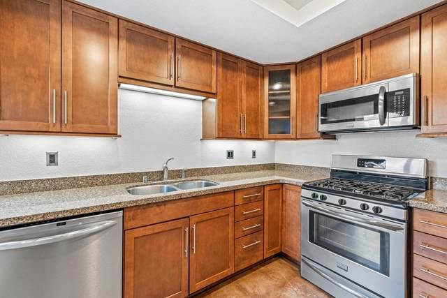 48747 Sageflower Lane, Palm Desert, CA 92260 (#219068729DA) :: Mainstreet Realtors®
