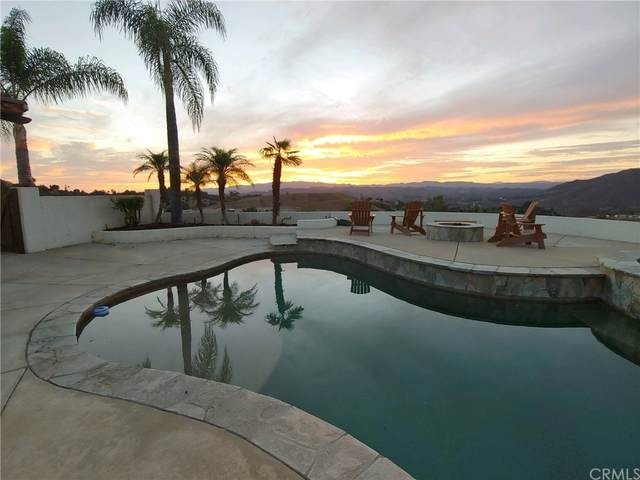 3053 Willow Heights Road, Fallbrook, CA 92028 (#PW21222593) :: Necol Realty Group