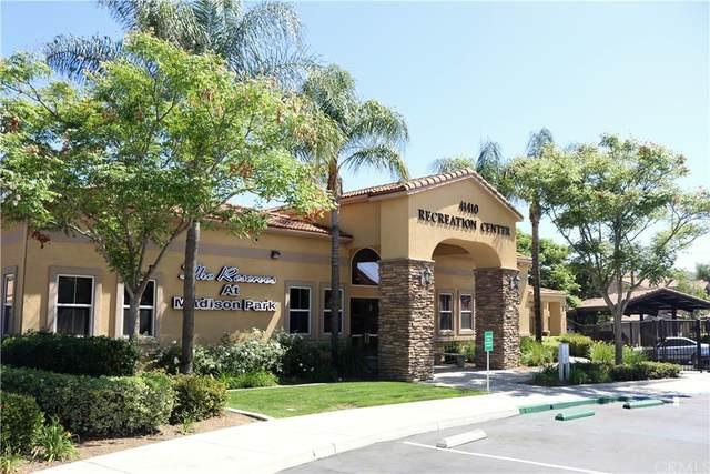 41410 Juniper Street #412, Murrieta, CA 92562 (#SW21224853) :: Team Forss Realty Group