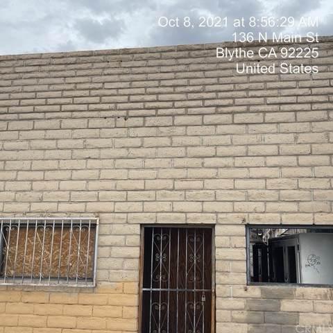 152 N Main, Blythe, CA 92225 (#SW21225307) :: Latrice Deluna Homes
