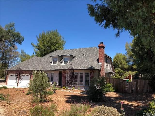 2314 Ashwood Place, Paso Robles, CA 93446 (#OC21225369) :: Zutila, Inc.