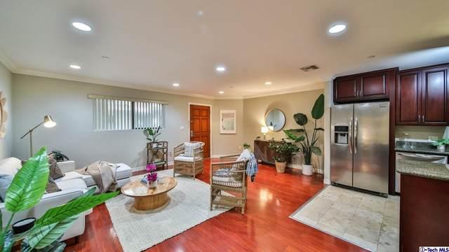 5264 Satsuma Avenue #3, North Hollywood, CA 91601 (#320007964) :: Necol Realty Group
