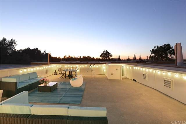 329 Caramel Lane, Sacramento, CA 95814 (#OC21225589) :: A|G Amaya Group Real Estate