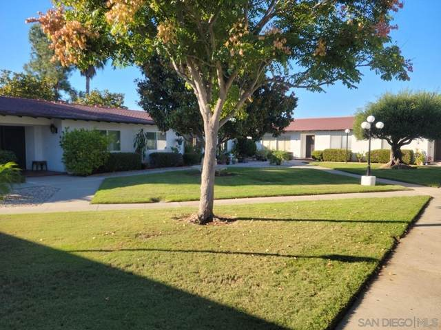 16566 Caminito Vecinos #24, San Diego, CA 92128 (#210028603) :: Necol Realty Group