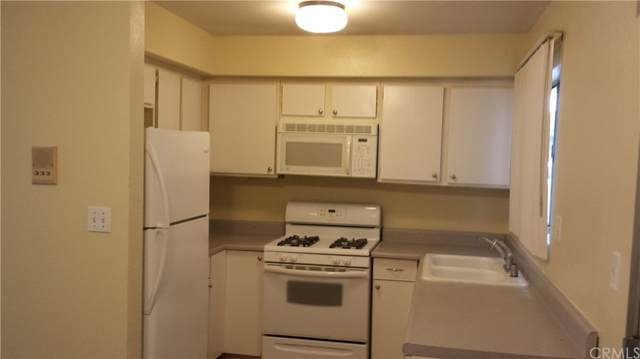 8414 Columbus Avenue #1, North Hills, CA 91343 (#OC21225737) :: Zutila, Inc.