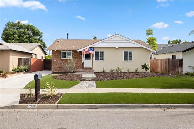 2220 Raleigh Avenue, Costa Mesa, CA 92627 (#NP21208189) :: The M&M Team Realty