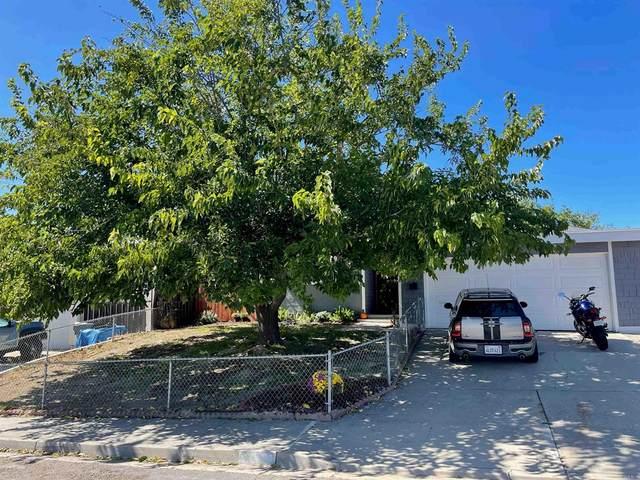 9346 Whispering Leaves Lane, Santee, CA 92071 (#PTP2107179) :: Necol Realty Group