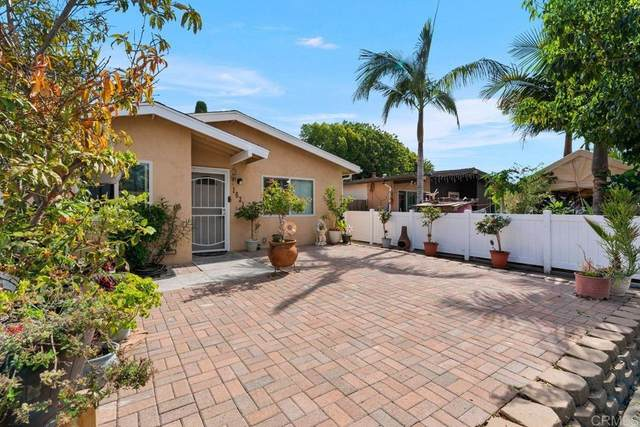 1631 Calle Dulce, Vista, CA 92084 (#NDP2111676) :: Necol Realty Group
