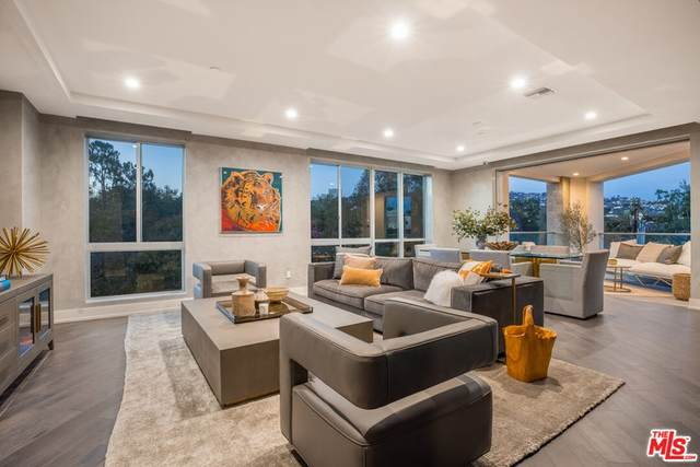 460 N Palm Drive #304, Beverly Hills, CA 90210 (#21794852) :: Team Forss Realty Group