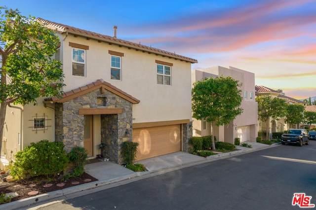 5672 Como Circle, Woodland Hills, CA 91367 (#21791194) :: Blake Cory Home Selling Team