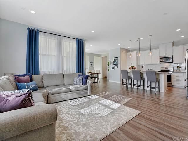 204 Trailblaze #76, Irvine, CA 92618 (#OC21218246) :: RE/MAX Empire Properties
