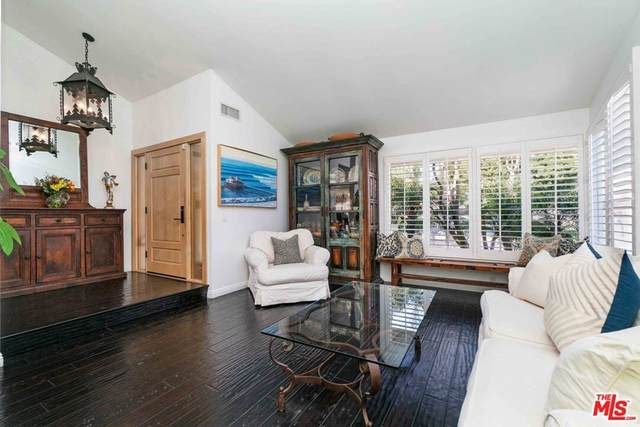 2144 Bridgegate Court, Westlake Village, CA 91361 (#21794746) :: Latrice Deluna Homes