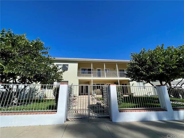 22555 Califa Street, Woodland Hills, CA 91367 (#SR21227475) :: The Parsons Team