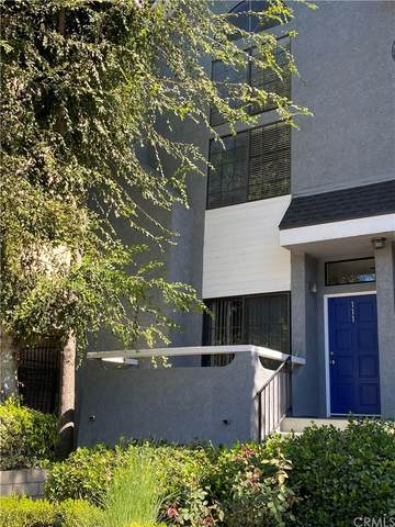 4220 Colfax Avenue #111, Studio City, CA 91604 (#IV21228414) :: The M&M Team Realty