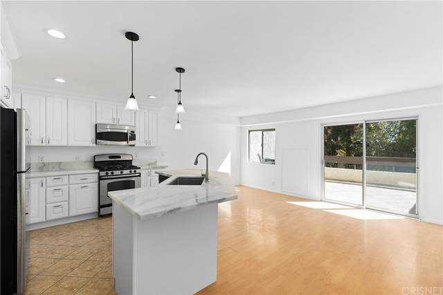 2700 Cahuenga Boulevard E #2116, Los Angeles (City), CA 90068 (#SR21227797) :: Realty ONE Group Empire