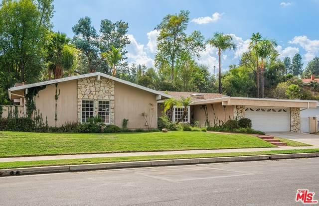18816 Paseo Nuevo Drive, Tarzana, CA 91356 (#21795528) :: Blake Cory Home Selling Team