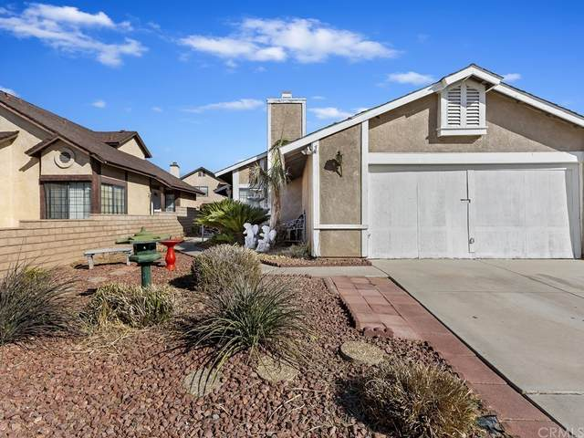 13788 Angeles Drive, Victorville, CA 92392 (#SW21228590) :: Necol Realty Group