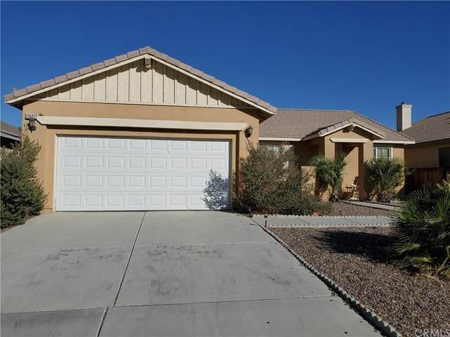 13623 Thunderbird Place, Victorville, CA 92392 (#TR21226933) :: Necol Realty Group