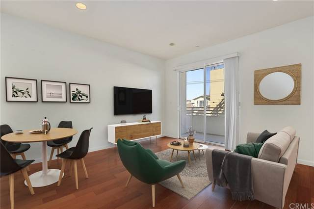 940 Elden Avenue #204, Los Angeles (City), CA 90006 (#PW21228272) :: RE/MAX Empire Properties