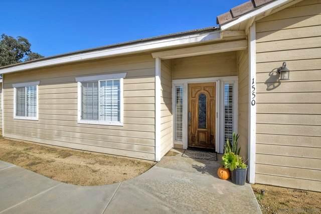 1550 Alturas Rd, Fallbrook, CA 92028 (#210028937) :: Murphy Real Estate Team