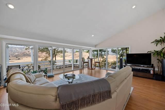 8927 Moorcroft Avenue, West Hills, CA 91304 (#221005591) :: Blake Cory Home Selling Team