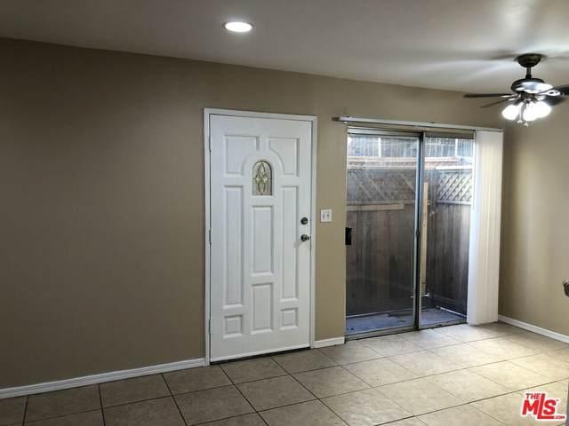 15555 Nordhoff Street 5A, North Hills, CA 91343 (#21795726) :: RE/MAX Empire Properties