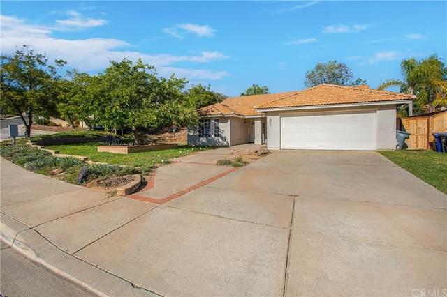 1550 Carrizo, Escondido, CA 92027 (#OC21202391) :: Blake Cory Home Selling Team