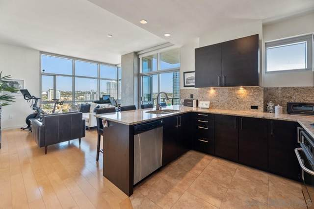 800 The Mark Lane 2404, San Diego, CA 92101 (#210029006) :: The M&M Team Realty