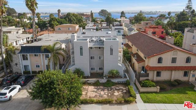 1119 Reed Avenue #4, San Diego, CA 92109 (#21795800) :: Blake Cory Home Selling Team