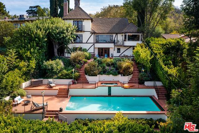 14860 Valley Vista Boulevard, Sherman Oaks, CA 91403 (#21795894) :: Compass