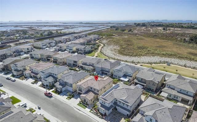 17331 Burrows Lane, Huntington Beach, CA 92649 (#OC21229845) :: Zutila, Inc.