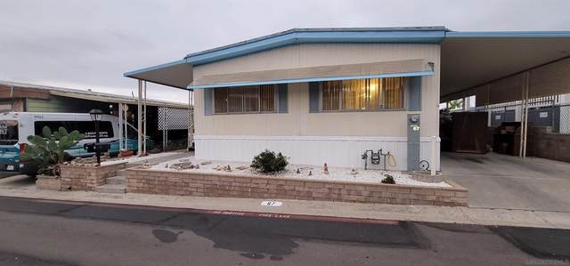8701 Mesa #67, Santee, CA 92071 (#210029098) :: Blake Cory Home Selling Team