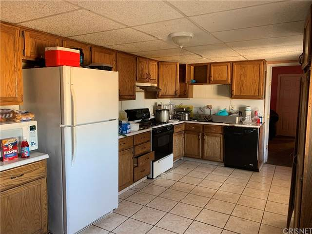 27943 Armory Road, Barstow, CA 92311 (#SR21230187) :: Compass