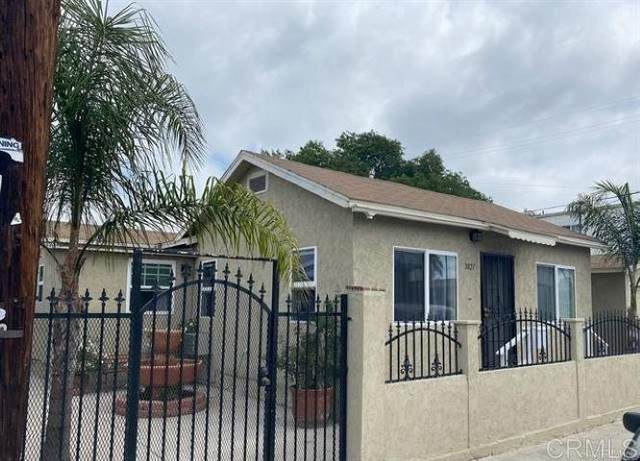 3827 52Nd Street, San Diego, CA 92105 (#PTP2107290) :: RE/MAX Empire Properties