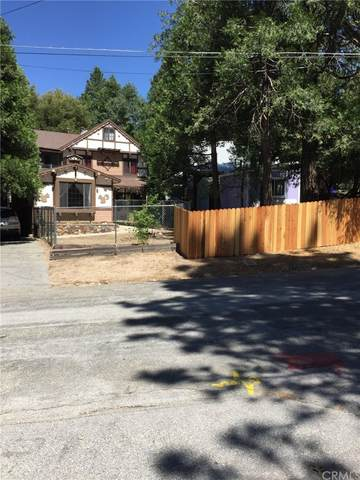 717 Rocky Loop, Crestline, CA 92325 (#EV21230515) :: Blake Cory Home Selling Team