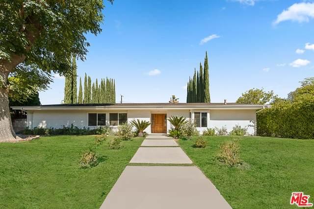 24309 Burbank Boulevard, Woodland Hills, CA 91367 (#21794688) :: Blake Cory Home Selling Team
