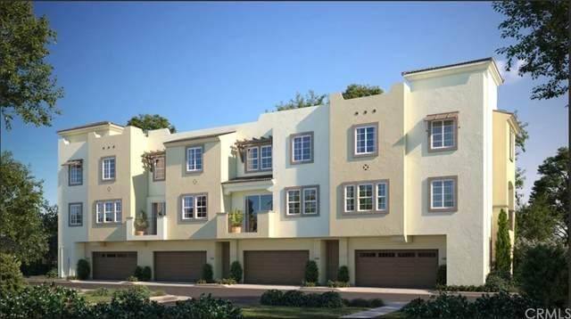 316 Millstream Court, Santee, CA 92071 (#EV21230634) :: Blake Cory Home Selling Team