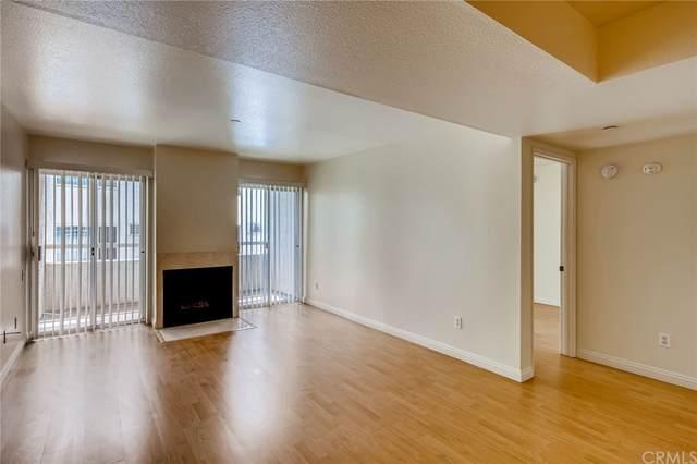 10960 Ashton Avenue #206, Los Angeles (City), CA 90024 (#ND21230754) :: eXp Realty of California Inc.