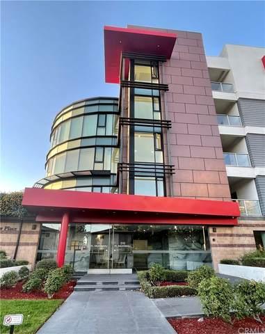 210 N Monterey Street #308, Alhambra, CA 91801 (#WS21231126) :: The Laffins Real Estate Team