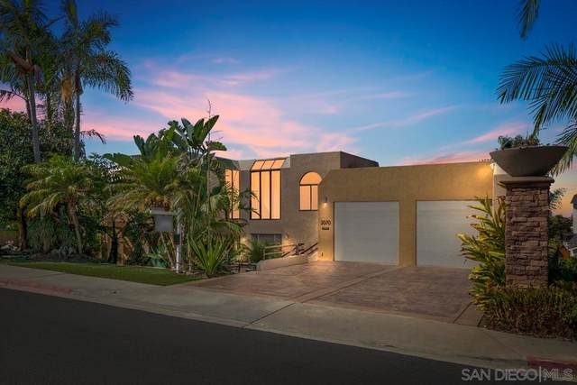 2070 Illion St, San Diego, CA 92110 (#210029203) :: Blake Cory Home Selling Team