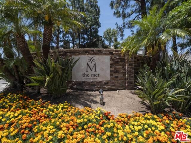 5535 Canoga Avenue #221, Woodland Hills, CA 91367 (#21796036) :: The M&M Team Realty