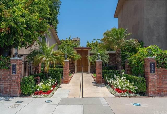 12200 Montecito Road D221, Seal Beach, CA 90740 (#OC21231372) :: Dave Shorter Real Estate